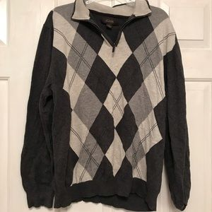Extra Large Men's Grey Agryle Sweater.
